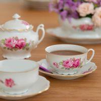 xícara de chá rosas vintage