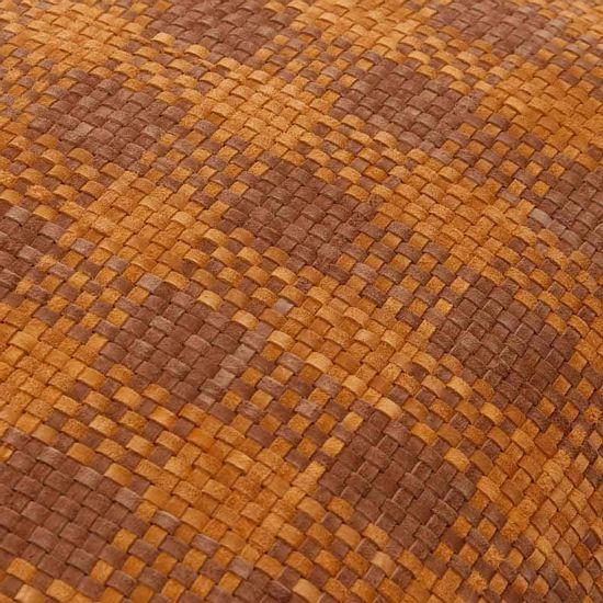 Almofada geométrica marrom